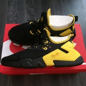 NIB Nike Air Huarache Drift Black size 10